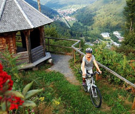 Mit dem Pedelec unterwegs bei Bad Wildbad Copyright © Touristik Bad Wildbad